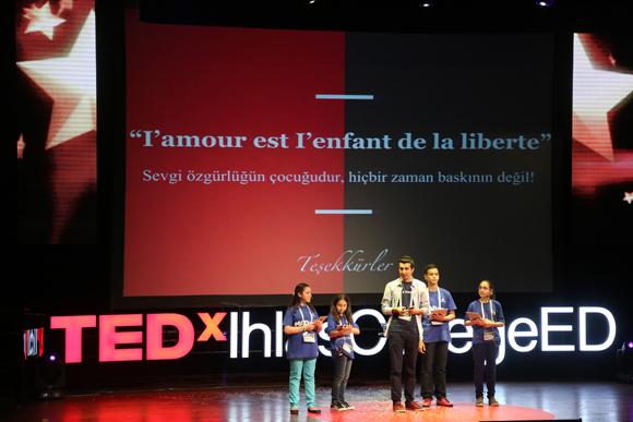 TEDTalks Konseptini Sınıfınıza Taşıyın